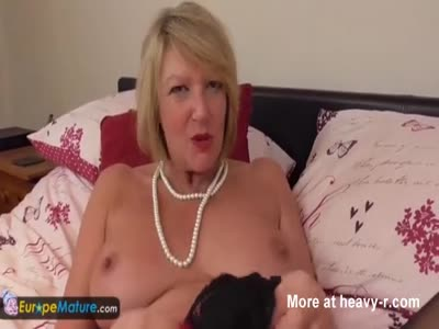 Mature Strips And Masturbates