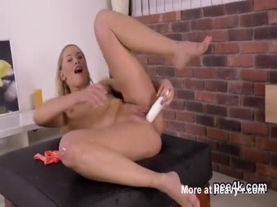 Pissing And PLeasuring Herself