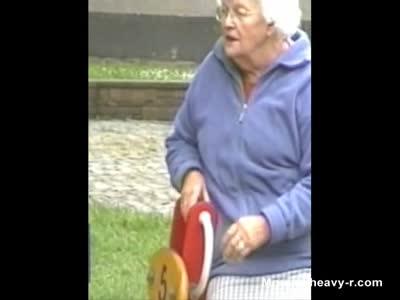 Grannies Upskirt Oops
