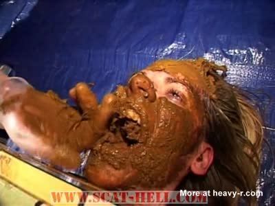 Scat Eating Woman