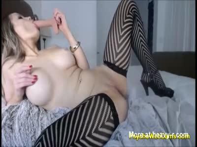 Big Ass Teen in Hot Net Stockings