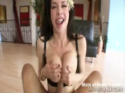Busty Slut Latina Blowjob