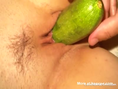 Cucumber Close Up Pussy Play