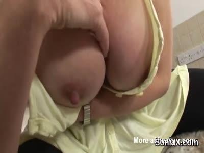 Unfaithful english milf lady sonia showcases her huge tits