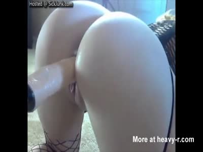 Dildo Making Mom Cum