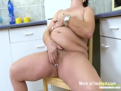 Chubby Mature Pleasing Her Pussy