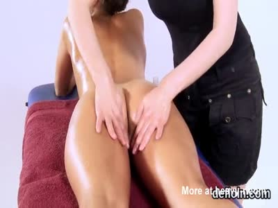 Erotic Massage Close Up
