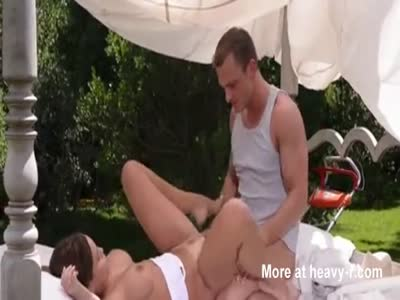 Gardener Fucking Lady In Ass