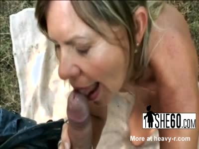 Stiff cock disappears in naughty babe