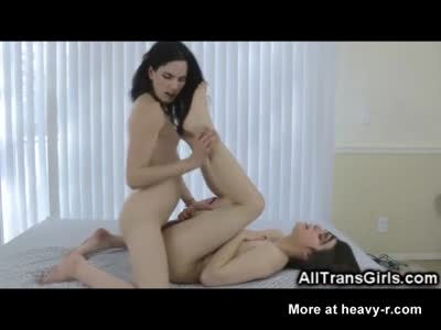 Teen Trap GFs Fucking and Jizzing!