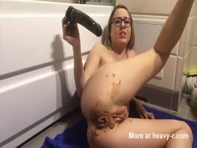 Messy Anal Masturbation