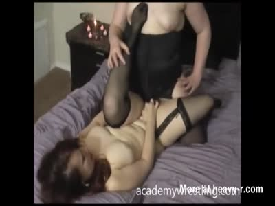 Chubby MILFs Rubbing Cunts Together