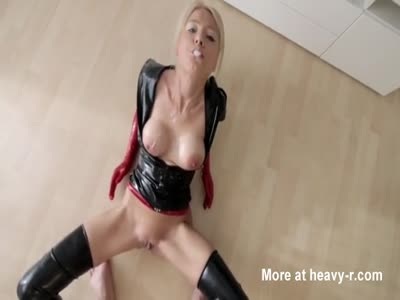 Fucking Latex Slut