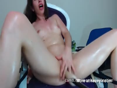 Kinky Babe Tortures Her Pussy