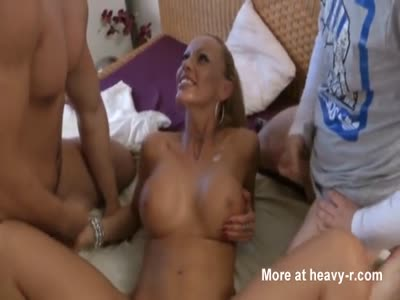 Busty Incest Mom