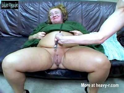 Cunt Whipping Makes BBW Piss