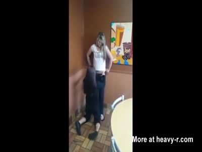 Teen Gets Pussy Eaten At Burger King