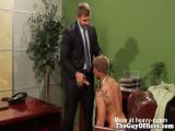 Muscled hunk colleagues bareback analsex