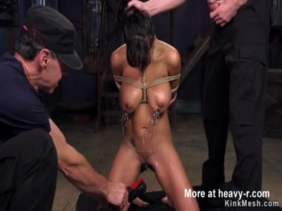 Huge tits Latina beauty gets discipline