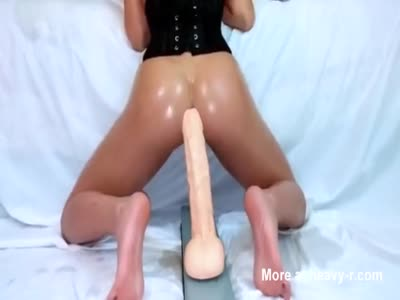 Teen Anal Riding Huge Dildo