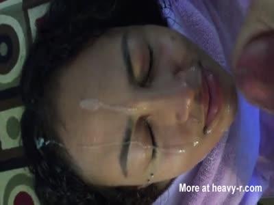 Amateur girlfriend getting facial
