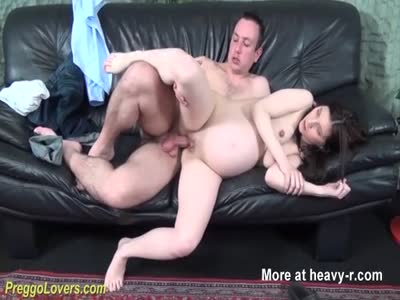 With pregnant lady sex for