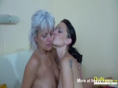 Horny Lesbo Granny Licking Hot Teen
