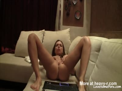 Flexible Camgirl Orgasms With Tarzan