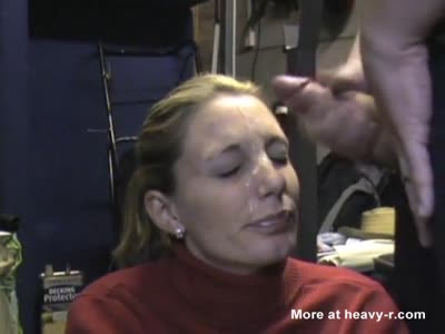 Submissive Wife Agrees To Facial