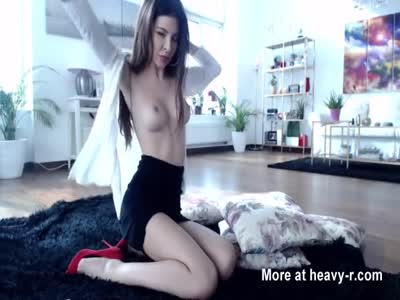 Classy Babe Toys Her Ass