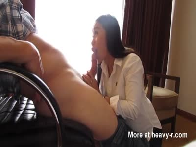 Thai Girl Working Cock