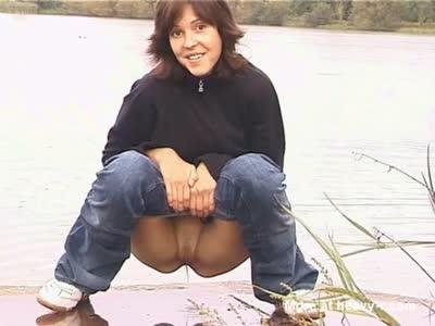 Peeing Girl Outdoor Video