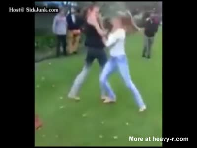 Sexy Boxer Destroys Street Fighting Bitch