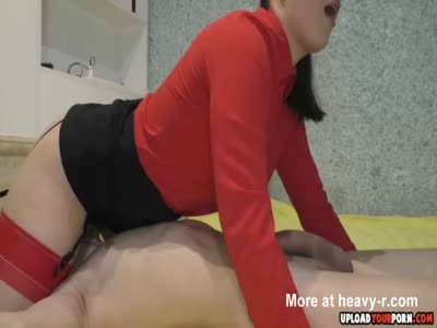 Sweet Girl Likes To Blow A Big Dick