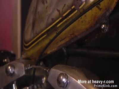 Bikers anal threesome fucking in garage