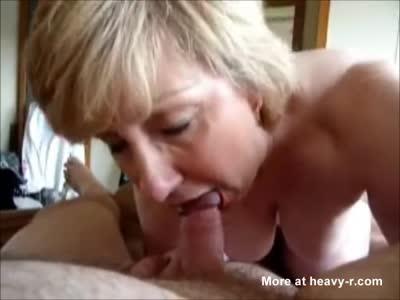 Drunk girl shows pussy