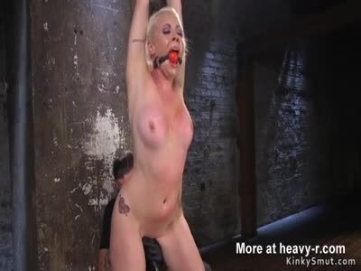 Butt plugged blonde beauty tormented