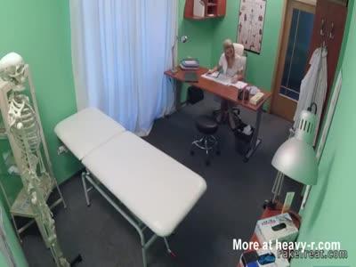 Nurse helps patient gives sperm
