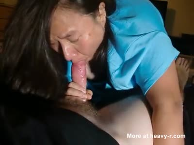 Blowjob From Asian Cougar