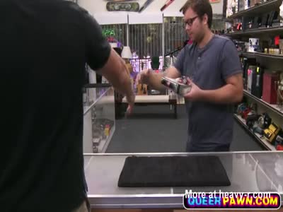 Desperate guy agrees to get fucked in pawn shop