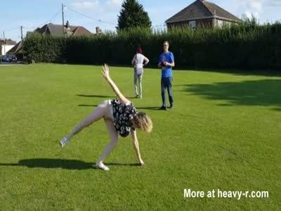 MILF Flashing Her Pussy Doing Cartwheels