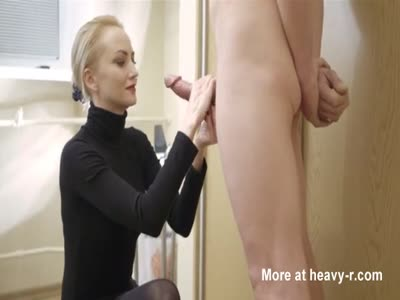Perfect Handjob Facial