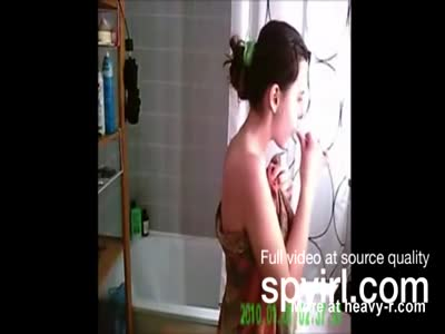 Beautiful Teen Naked In Bathroom