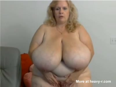 BBW With Massive Tits Playing With Dildo
