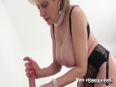Unfaithful british mature lady sonia pops out her enormous b