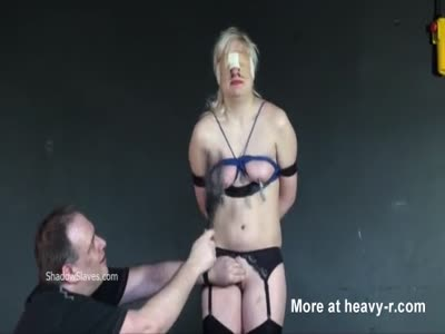 Blindfolded Slaveslut Tortured