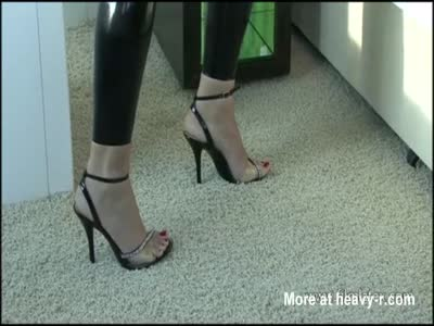 High heel beauty Aimees sexy black latex and softcore babe
