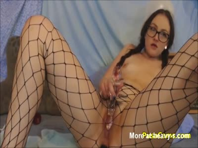 Teen Nerd Hairy Pussy Squirting With Glass Toy