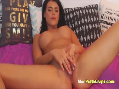 Irresistible Latina Wake Up With Wet Pussy And Squirting