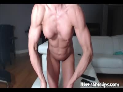 Muscular Bodybuilder Masturating With toys